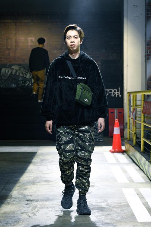 OFF BLACK男�b品牌 �@��夏日潮流文化又一次席卷而��