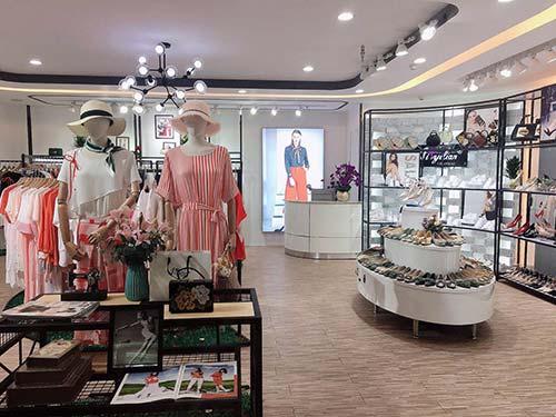 新气象新面貌 爱依莲女装集成店为顾客带来新购物体验