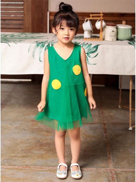 快乐精灵童装品牌 带给你孩子一个快乐的童年服装