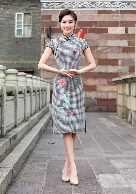 唐雅阁 带来不一样的现代与传统服饰碰撞