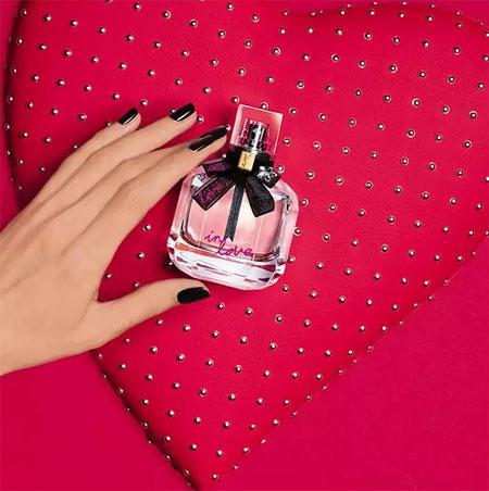 是爱的味道  是香水的芬芳  是情意的挑逗