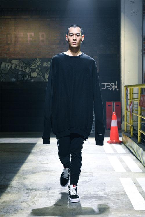 OFF BLACK 带你抢先领略秋季服饰之美
