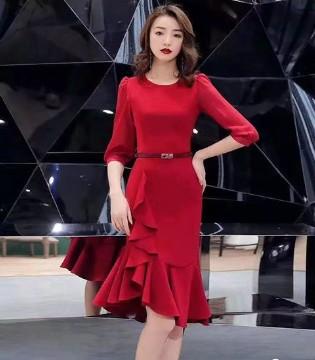 爱时尚的女孩一定要知道Ei.衣艾品牌 !