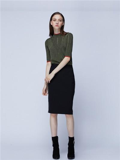 阿莱贝琳包臀半身裙显瘦吗?如何搭配上衣
