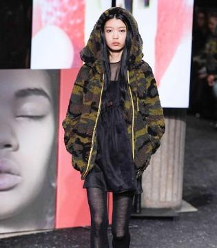 Miu Miu2019秋冬时装秀告诉你这个秋冬的流行趋势