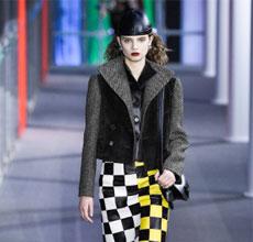 Louis Vuitton2019秋冬�r�b秀 �@就是��雅知性美