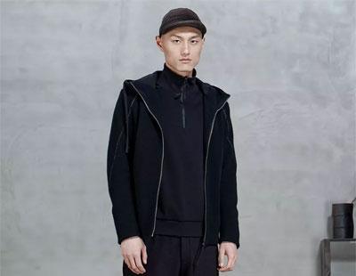 NEW    NOW    流动的建筑   时尚的衣服