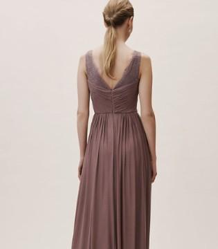 伴娘礼服小心选择 这款礼服容易抢过新娘风头