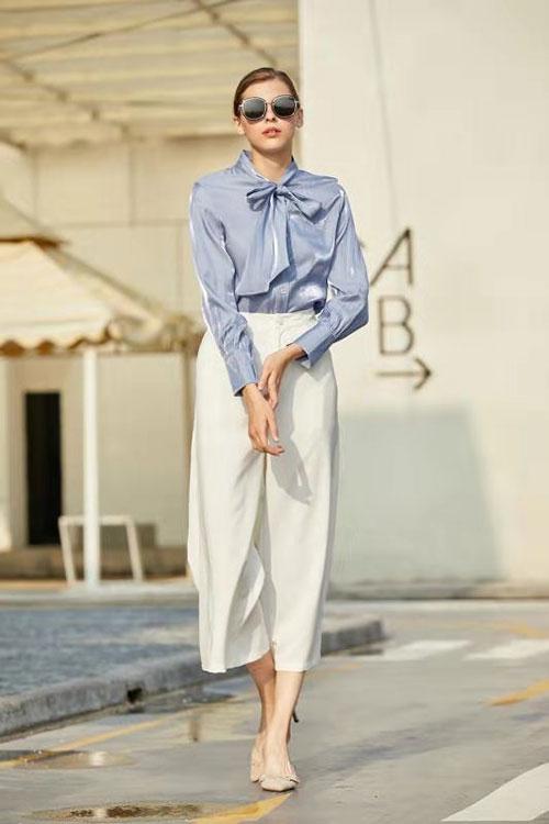 气质时尚穿搭 衣艾品牌女装尽显女性魅力