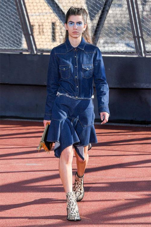 跟着时尚的脚步走 今个秋冬这样穿搭准没错