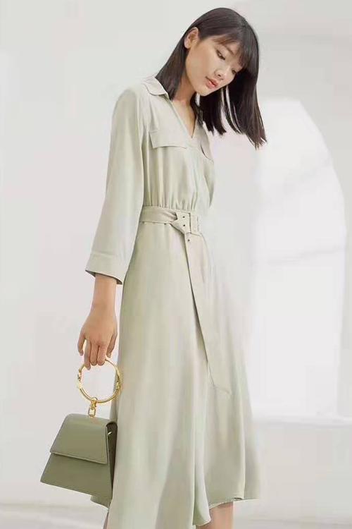 多彩多姿的服装穿搭 让你秀出不同的自我风格