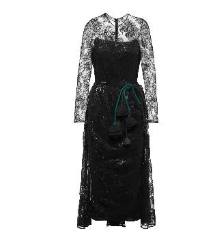 时尚名人:缪西娅将低迷的家族企业 拉到了世界一流
