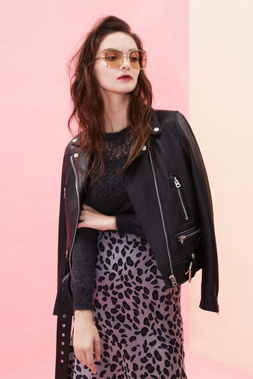今年秋季流行的服装有那种?西逅品牌在线为你解答
