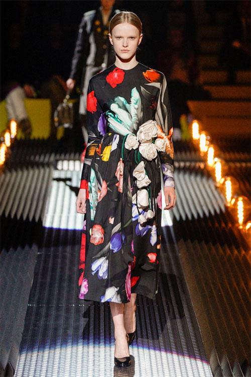 Prada秋冬时装秀 带你进入花花世界