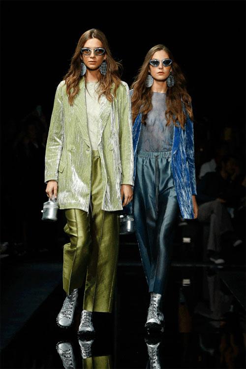 Emporio Armani 2020春夏系列女装秀