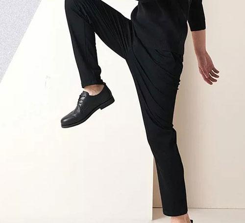 每周穿搭 红豆3D高弹裤 让你勇敢更出色