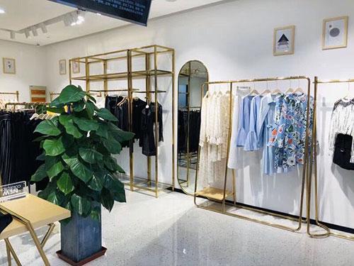 莎斯莱思品牌女装上海新店盛大开业!国庆有你更加精彩