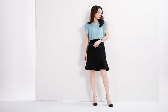 爱依莲品牌:高雅清新穿搭 使你更加美丽