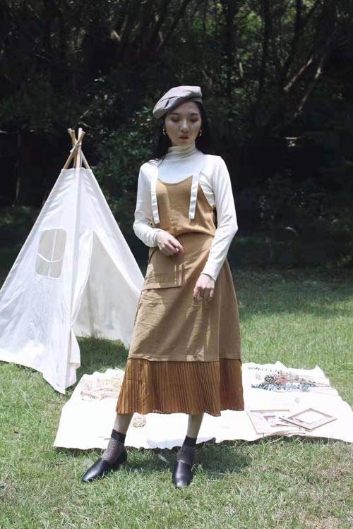 当秋季撞上连衣裙有多美?让薇薇希告诉你