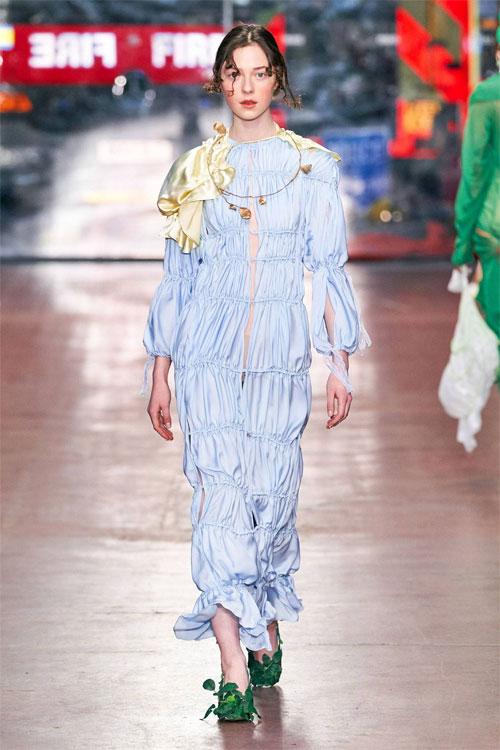 Vivienne Westwood时装 打开了时尚界的新世界!