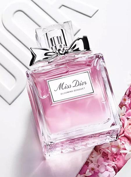 女人   内衣和香水间不可言说的秘密