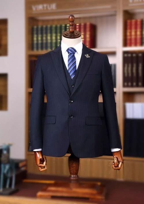 富绅 定制西服为一种有一无二的个性化服装