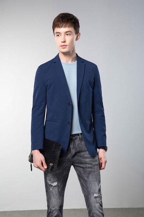 速度围观 袋鼠男装教你专属职场精英的时尚穿搭!