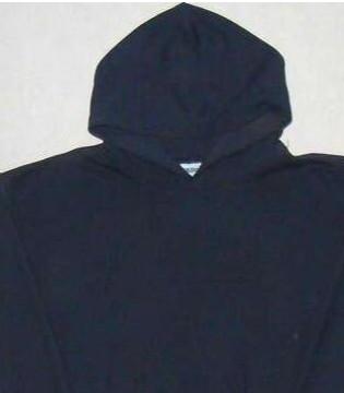 杰丹(GILDAN)现货销售 独特产业模式及高性价比成衣
