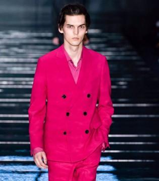 Hugo Bos珊瑚粉系列服饰 别有一番风尚!