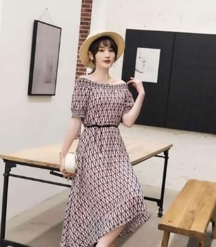 芝麻e柜:你知道连衣裙对于女人来说代表着什么?
