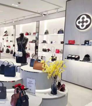 江西南昌中山天虹首店第五代形象崭新亮相