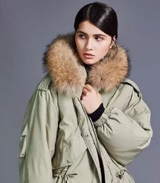 今年冬季最为流行的4组配色 穿对了显白又显贵