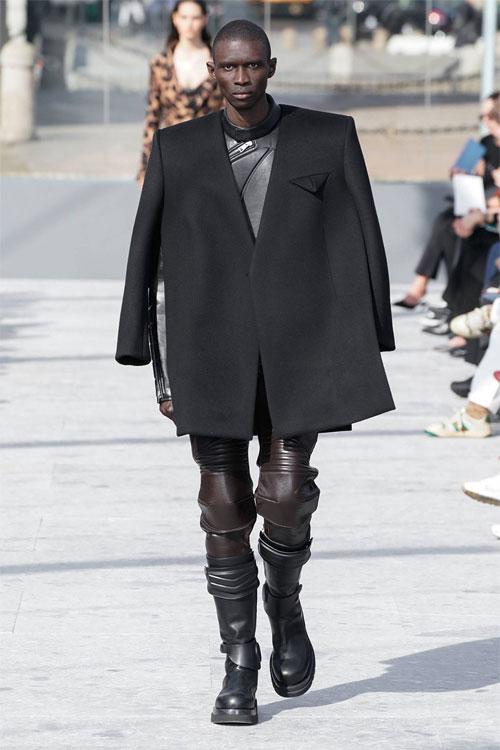 Bottega Veneta:忠于自己的风格 让别人说去吧!
