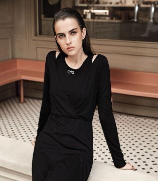 时髦潮流女性穿搭的侧重点是什么吗?