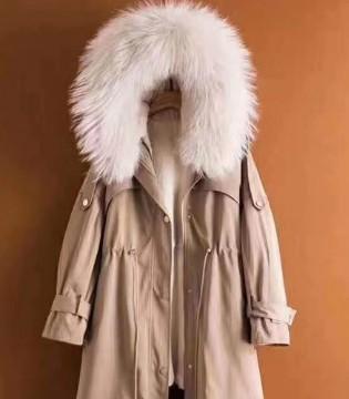 寒冷的冬天怎么过 毛绒绒的服装伴随你整个冬天
