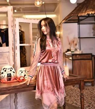 热烈祝贺阿缇娜携手签约品牌服装网