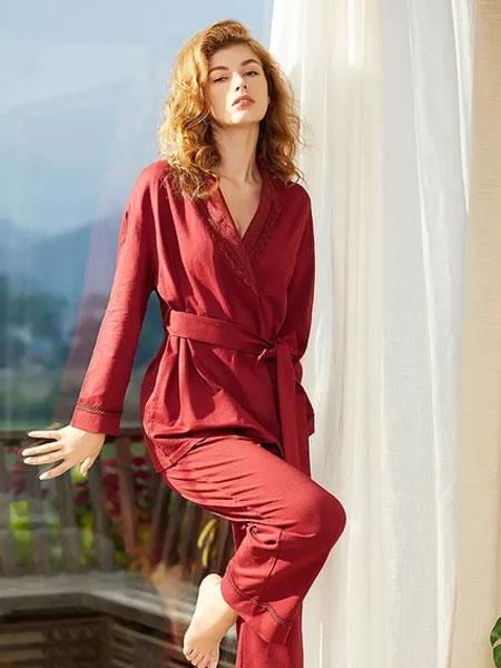 热烈祝贺梧桐本色与品牌服装网续费第二年合作