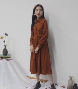 薇薇希女装品牌 诠释优雅自信的态度