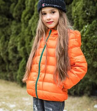 选择卡儿菲特童装 让宝贝出街吸睛亮眼