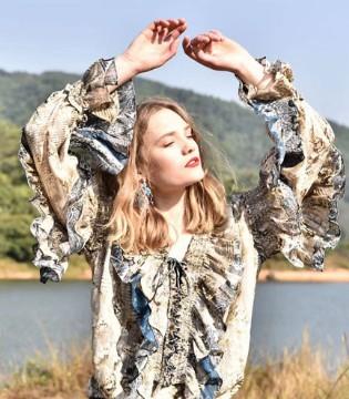 欧美潮流风 阿缇娜原创设计师品牌您的潮流选择