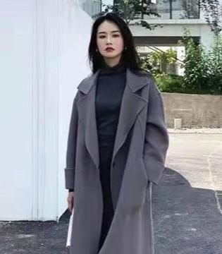 芝麻e柜女装新品 简约百搭的毛呢大衣 轻松穿出时髦感