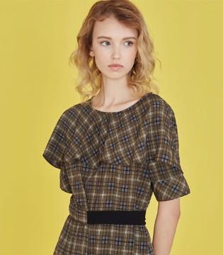 跟着芝麻e柜女装这样穿搭 时尚感是轻而易举的事情