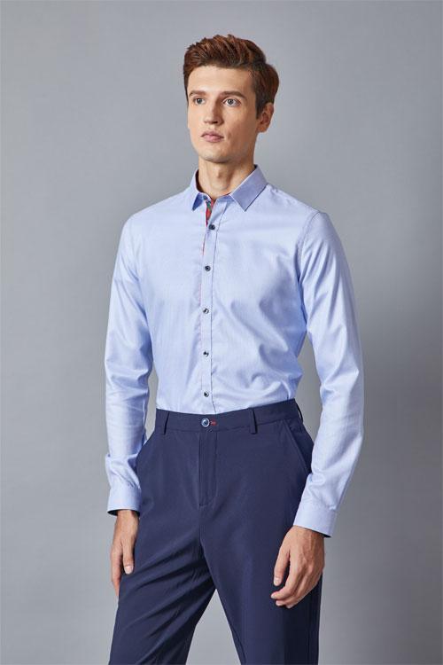 加盟埃沃定制服装品牌 联手共创服装界的一片天地!