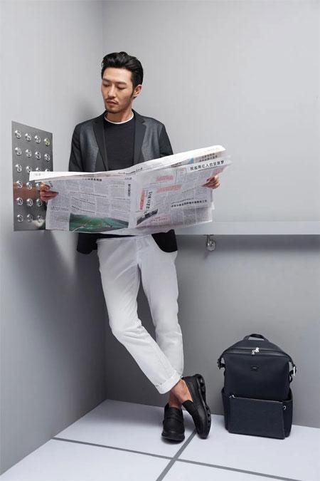 劲霸男装:没什么比有型地搭电梯更重要
