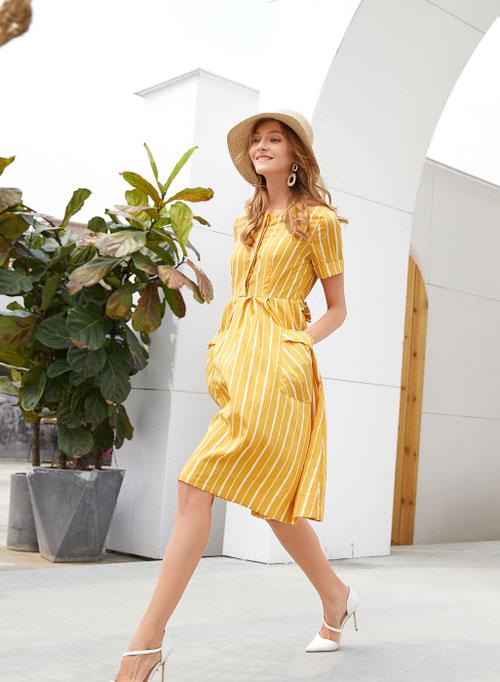衣艾女装告诉你 春季这样穿 气质时髦不费力!