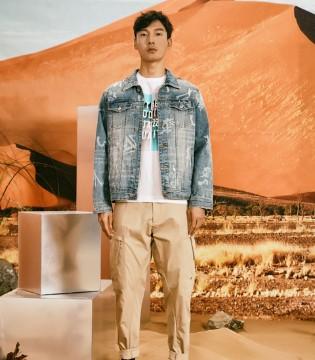早春必备的薄款外套 让你一秒变身酷boy!