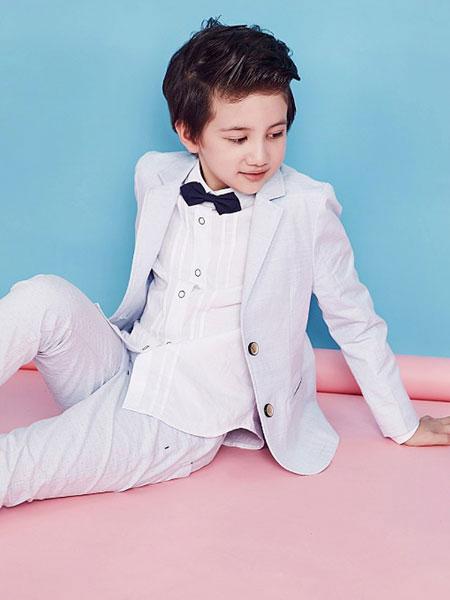 开春一定要买充满快乐充满时尚的快乐精灵童装