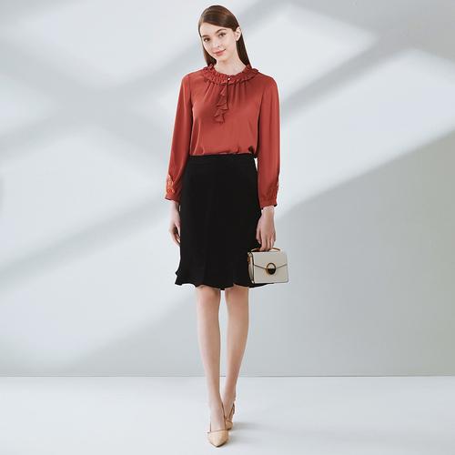 多变的设计 佳木斯戈蔓婷女装加盟店给女性添加时尚