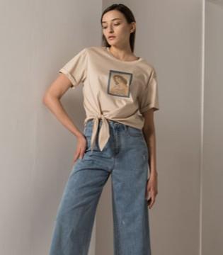 2020春季 阿莱贝琳教你这样搭配T恤更好看!