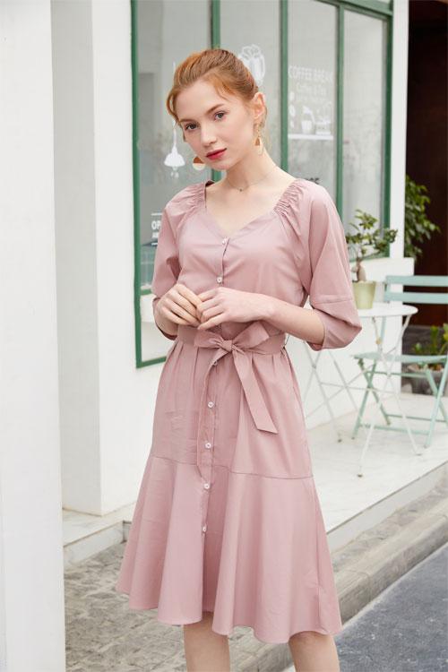 金蝶茜妮马卡龙色系连衣裙 今个春季你值得拥有!